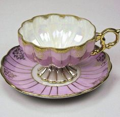 Vintage Scalloped Lavender and Pearl Vintage Bone China Teacup and Saucer Home Decor on Etsy, China Cups And Saucers, China Tea Cups, Teapots And Cups, Tea Cup Set, My Cup Of Tea, Tea Cup Saucer, Tea Sets, Cuppa Tea, Vintage Dishes