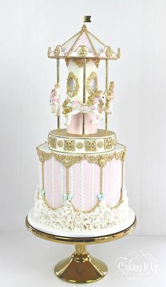 Adorable carousel cake.