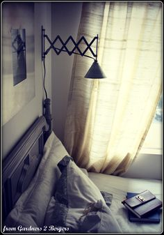 From Gardners 2 Bergers: DIY Industrial {style} Expandable Light
