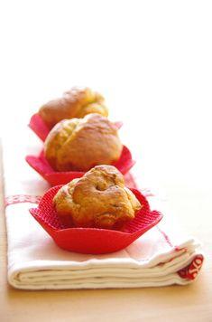 Minis cakes aux épices Cajun, miel & échalotes dans empreinte briochettes