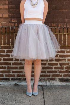 DIY Tulle Skirt - http://ruffledblog.com/diy-tulle-skirt/ - photos Jessica Cooper
