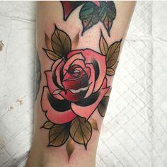 #tattoo by @jkirchen #tattoos #tattooart #traditional #neotraditional #colortattoo Neo Traditional Roses, Traditional Tattoo Flowers, Traditional Sleeve, Traditional Tattoos, Flower Tattoo Designs, Flower Tattoos, Coral Tattoo, Neotraditional Tattoo, Fresh Tattoo