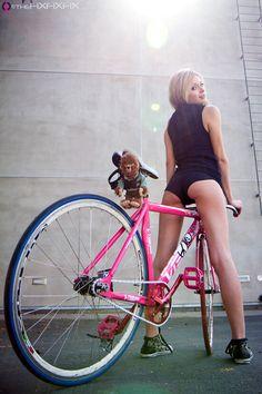 hermosas-mujeres-con-hermosas-piernas-21.jpg (550×825)