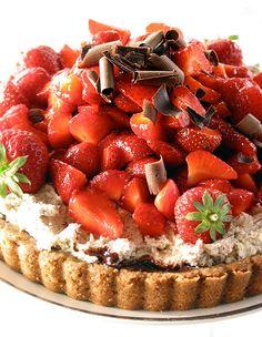 Strawberry Tart with Rich Mascarpone Cream, Dark Chocolate Bits, and a Toasted Oatmeal Shortbread Crust (Plus Ganache) #strawberry #tart #dessert