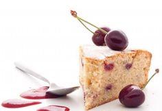 Gâteau aux amandes torréfiées et aux cerises