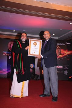 Rakesh Bansal, CEO,Amadeus India received this award on behalf of Amadeus India from Chief Guest Mr.Prahlad Kakkar. Brands Academy is one India's premier brand management consultancy in India.