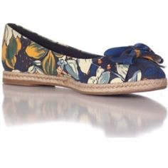 Tory Burch Floral Espadrilles Navy w/flowers. Pointy toe slip on. Bows in front. Gently worn. Lots of life left. Tory Burch Shoes Espadrilles