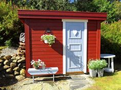 Outside Toilet, Outdoor Toilet, Red Houses, Pool Houses, Pergola Garden, Backyard, Garden Sheds, Cabana, Scandinavian Garden