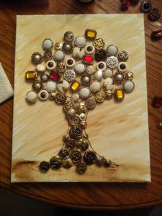 I inherited my love of things made with buttons from my mom. Looks like something else I need to make.