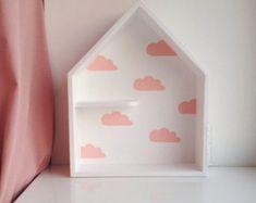 Casa en forma de estante estante de la casa de por Purplepollen