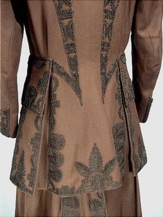 c. 1916 Miss Penfield's Walking Suit of Chocolate Brown Ratine with Black Soutache from F. SQUARENINA & Co. The material is called ratine, but it's a midweight twill of perhaps a wool/silk blend. The black soutache trim design is fabulous! Detail