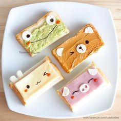 Cute animals on toast😊😋 So easy and fun! Frog - mashed avocado+cream cheese Bunny - cheese slice on ham Bear - peanut butter Pig - ham on… Cute Snacks, Cute Desserts, Cute Food, Yummy Food, Snacks Kids, Party Snacks, Toddler Meals, Kids Meals, Food Art For Kids