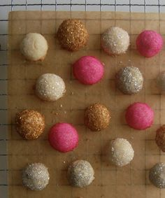 sunday treats: GLITTERING SANDWICH COOKIES