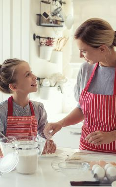 Is your tween a picky eater? Click for 3 tips on how to explore new foods and flavors with your tween! #FreshBakedTakes