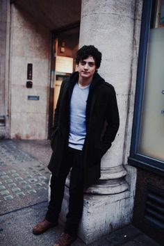 ISSUE 3 EXTENDED INTERVIEW: ANEURIN BARNARD | Idol Magazine