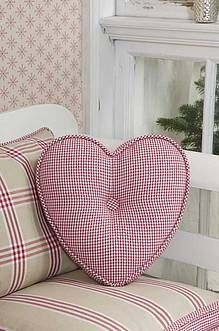 It's all about Hearts ♡ Heart Cushion, Heart Pillow, Cushion Pillow, I Love Heart, Happy Heart, Sewing Pillows, Heart Art, Cushion Covers, Pillow Covers