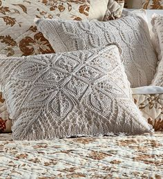 I would LOVE to have one of these knitted pillows made for me, by the Lord's Loopers...........