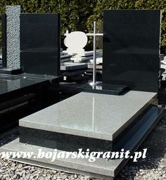 Tombstone Designs, Cemetery Monuments, Altar, Funeral, Granite, Diy And Crafts, Impala, Bengal, House Styles