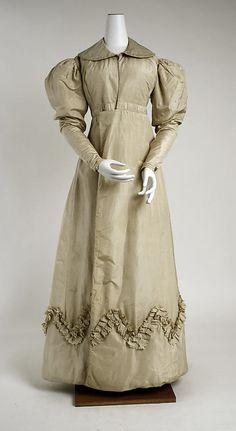 c. 1825 pelisse (front view), British, made of silk The Metropolitan Museum of Art 1972.139.6