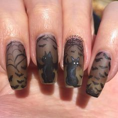 10 Creative Nail Designs for Short Nails to Create Unique Styles Cat Nail Designs, Holiday Nail Designs, Creative Nail Designs, Halloween Nail Designs, Halloween Nail Art, Creative Nails, Holiday Nails, Cat Nail Art, Cat Nails