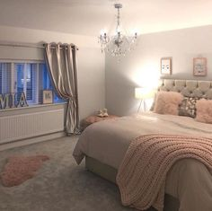 Teen Girl Bedrooms - Eye Catching and breathtaking range of decorating inspirations. Note - placed under diy teen girl room spaces tag , example note inspired on 20190212 Teen Bedroom Designs, Bedroom Decor For Teen Girls, Cute Bedroom Ideas, Room Ideas Bedroom, Home Decor Bedroom, Girl Bedrooms, Diy Bedroom, Bedroom Inspo, Design Bedroom
