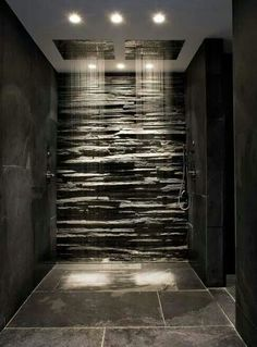 Fashion – Douche italienne : 33 photos de douches ouvertes – Looks Magazine Dream Bathrooms, Beautiful Bathrooms, Luxury Bathrooms, Master Bathrooms, Master Baths, Modern Master Bathroom, Modern Bathroom Design, Modern House Design, Modern Bathrooms