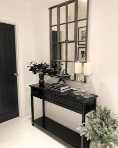 Stair Decor, Entryway Decor, Foyer, Beautiful Interiors, Beautiful Homes, Interior Styling, Interior Decorating, Interior Ideas, Hallway Designs
