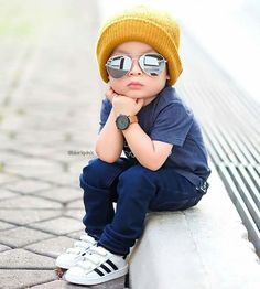 Hey Good Looking . Whatcha looking at 😎😎 Stylish Little Boys, Stylish Kids, Toddler Boy Fashion, Little Boy Fashion, Little Boy Outfits, Baby Boy Outfits, Outfits Niños, Kids Outfits, Cute Baby Girl Images