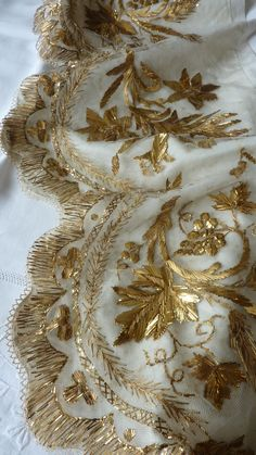 Antique French Embroidery | Antique French religious embroidered tulle gold thread antependium ...