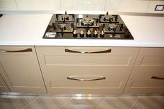 Oven, Kitchen Appliances, Granite Counters, Diy Kitchen Appliances, Home Appliances, Ovens, Kitchen Gadgets