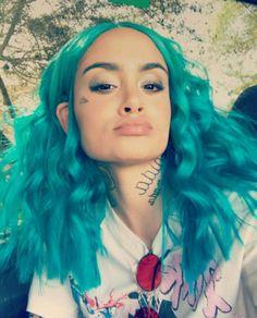 Kehlani selfies at Coachella Weekend 1 - April 2017