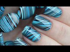 Les effets marbrés sur les ongles sont très jolis et ajoutent une touche de sophistication à n'importe quelle tenue. Suivez cette méthode pour le faire chez vous.