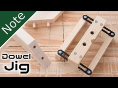 Bildergebnis für How to Make Dowel-Jig Antique Woodworking Tools, Carpentry Tools, Woodworking Joints, Woodworking Projects Diy, Fine Woodworking, Wood Projects, Garage Atelier, Wood Jig, Dowel Jig