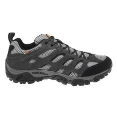 The Columbia Sportswear™ Men's PLAINS Butte ™ Mid Waterproof Shoes feature uppers with Omni-Tech™ waterproof leather and rubber outsoles.