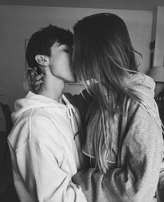 I want your hoodie love kiss, cute couples cuddling, cute couples kissing, couple Couple S'embrassant, Couple Goals, Photo Couple, Cute Couples Kissing, Cute Couples Cuddling, Cute Couples Goals, Couple Cuddling, Kissing Couples Passionate, Goofy Couples