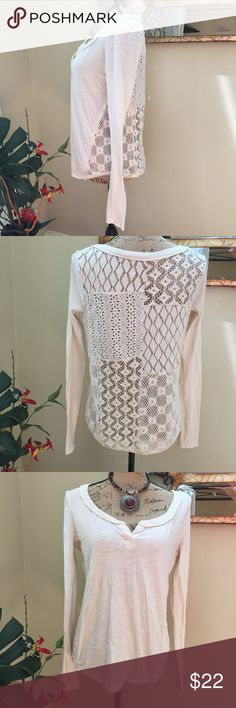 """🌹Free People beautiful crochet back blouse! 🌹Free People beautiful crochet back blouse! This is a cream lace crochet back (see through) jersey style blouse. Perfect for layering and weather changes!! Preloved in excellent condition. Pit to pit measurement is 18"""". Length is 23"""". Sides are 21"""". Free People Tops Blouses"""