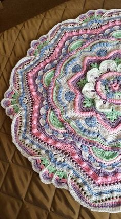 Crochet afghans 338473728245212609 - New Crochet Mandala Free Pattern Wall Hangings Ideas Source by Crochet Mandala Pattern, Crochet Square Patterns, Crochet Squares, Crochet Blanket Patterns, Knitting Patterns, Crochet Afghans, Crochet Pillow, Crochet Stitches, Crochet Doilies