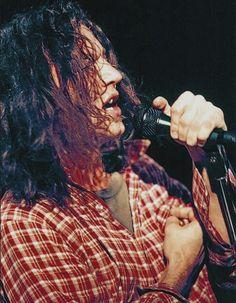 Eddie Vedder Appreciation Society - Page 99 of 193