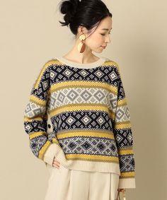 クルーネックサイドボタンプルオーバー: トップス SHIPS 公式サイト|株式会社シップス Knitting Machine Patterns, Fair Isle Knitting Patterns, Sweater Knitting Patterns, Knitting Designs, Knitting Stitches, Hand Knitted Sweaters, Knit Fashion, Sweater Fashion, Casual Sweaters
