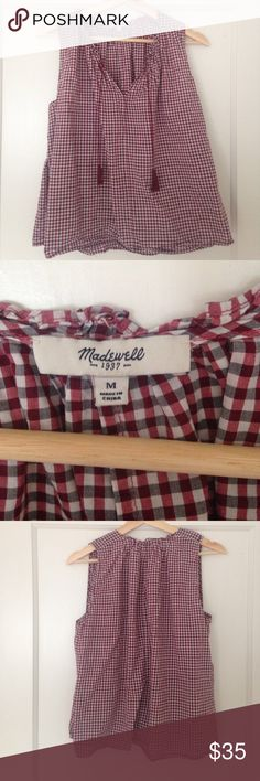 Madewell size medium Size medium too from madewell in gently used condition Madewell Tops