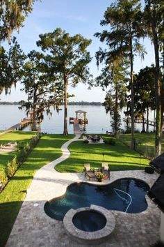 THE LAKEHOUSE - Would you ever really want to leave your house if this was your backyard?