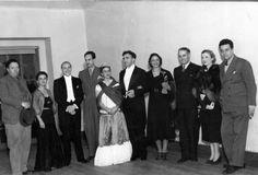 Frida Kahlo , Diego Rivera , Cristina Kahlo , pink covarrubias , Miguel Covarrubias , Adolfo Best Maugard , carlos chavez....