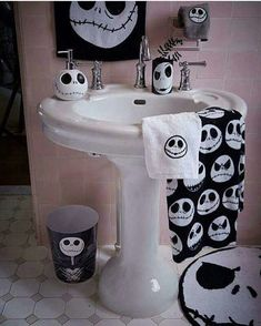 Jack Skellington bathroom design