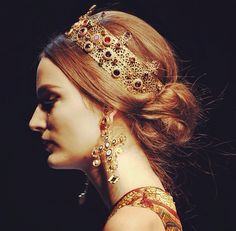 Dolce and Gabbana Crown and Earrings