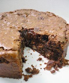 Blog Delícias & Temperos: BOLO CREMOSO DE CHOCOLATE COM BANANA