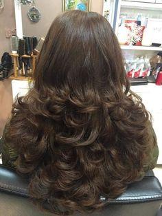 22 Super Ideas for haircut layered curly natural curls Long Layered Hair, Long Curly Hair, Long Hair Cuts, Big Hair, Curly Layers, Haircuts For Long Hair, Layered Haircuts, Cool Hairstyles, Beautiful Long Hair