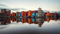 """Le città e le loro """"gemelle"""".  Spettacolari orizzonti riflessi nell'acqua.  http://www.cambiocasa.it"""