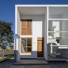 AV Houses by Corsi Hirano Arquitetos