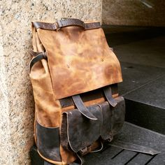 Brown rucksack - large leather backpack - travel bag leather weekender, overnight leather backpack, custom made to order by Aixa Sobin de LUSCIOUSLEATHERNYC en Etsy https://www.etsy.com/es/listing/223543515/brown-rucksack-large-leather-backpack