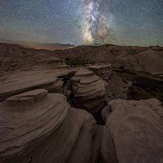 Walking around Toadstool Geologic Park in northwest Nebraska is like walking on the moon   Photo: @erikjohnsonphotography #toadstoolpark #visitnebraska #nebraska #photography #travel #hiddengem #midwest #explore